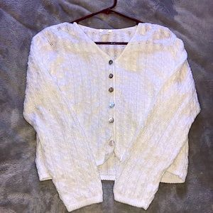 🟥 (3/$20) White Button Up Cardigan